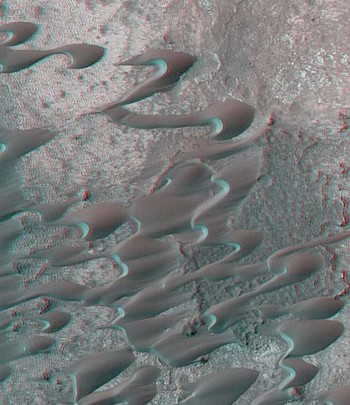 Anaglyph of sand dune from mars lander