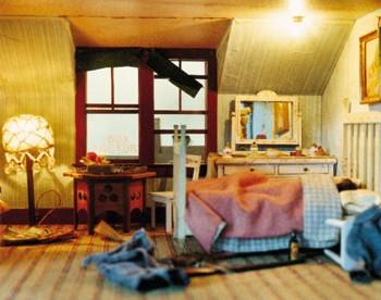 Nutshell Study Number 6: The Blue Bedroom